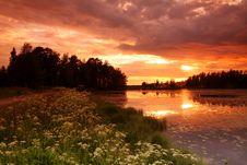 Free Lake At Sunset Royalty Free Stock Images - 5855329
