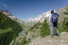 Free Mountain Scenic Royalty Free Stock Photos - 5858568