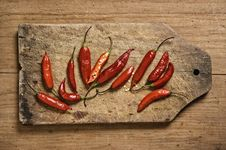 Free Red Chili Peppers. Stock Images - 5858694
