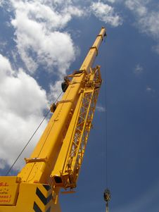 Free Crane Royalty Free Stock Images - 5858779