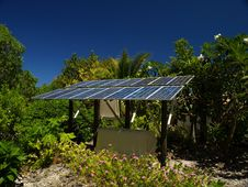 Free Solar Panel On A Tropical Island Royalty Free Stock Images - 5859089
