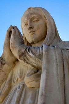 Free Virgin Mary Statue Stock Images - 5861774