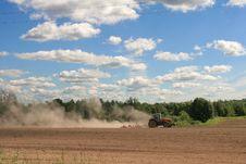Free Hard Work At Harvest-time Royalty Free Stock Image - 5863516
