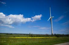 Free Windmill Stock Photos - 5863583