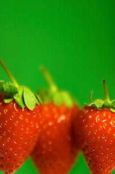 Free Strawberry Royalty Free Stock Photo - 5865905