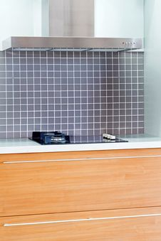 Free Oak Kitchen Vertical Royalty Free Stock Image - 5869176
