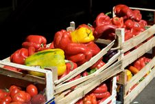 Free Red And Yellow Peppers Stock Photos - 5869443