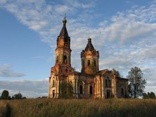Free Abandoned Church Stock Photo - 5870190
