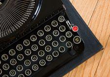 Free Vintage Typewriter Stock Photography - 5871742