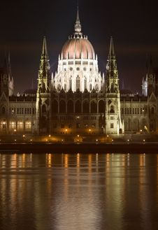 Parliament In Budapest - Night Royalty Free Stock Image