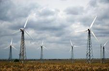 Free Wind Turbines Stock Photography - 5874202