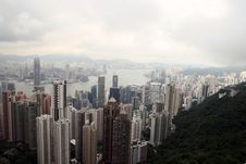 Free Hong Kong Skyline From Victoria Peak Royalty Free Stock Images - 5874639