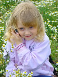 Free Little Girl With Mobile Telephone. Royalty Free Stock Photo - 5875085
