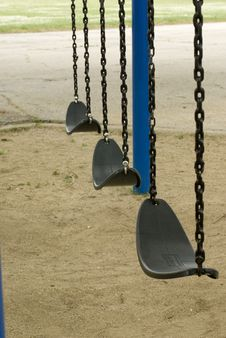 Free Empty Swings Royalty Free Stock Photos - 5876338