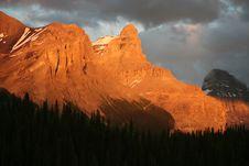 Free Maligne Lake Sunset Royalty Free Stock Photography - 5877657