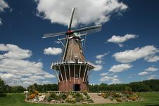 Free Windmill Stock Photography - 5879442