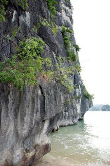 Scenic Ha Long Bay, Vietnam Royalty Free Stock Image
