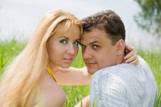 Free Young Couple On A Meadow Royalty Free Stock Photos - 5880068