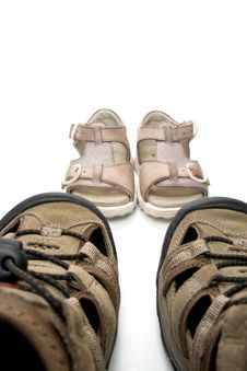 Free Man And Child Sandals Royalty Free Stock Images - 5882329