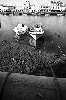 Free Boats On Tavira Sea Channel Royalty Free Stock Photography - 5883087