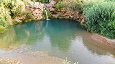 Free Waterfall On Lake Royalty Free Stock Photos - 5883098