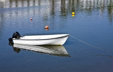 Free Small Fishing Boat Stock Photo - 5883100
