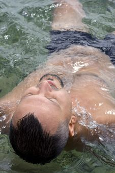 Free Swimming Stock Photos - 5883303