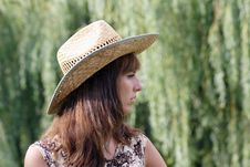 Free Woman In The Strow Hat Stock Photography - 5883982