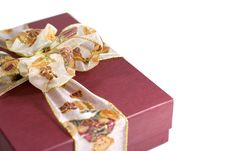 Free Red Gift Box With Beautiful Ribbon Stock Photography - 5884042