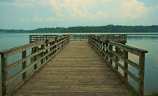 Free Pier And Lake Royalty Free Stock Image - 5884236