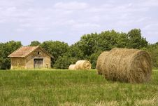Free Cottage And Haystacks Stock Photos - 5885983