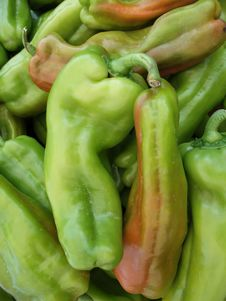 Free Green Hot Peppers Royalty Free Stock Photography - 5887977