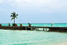 Free Maldives, Welcome To Paradise! Stock Image - 5888131