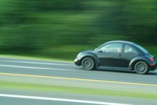 Free Speeding Car Royalty Free Stock Photography - 5888557