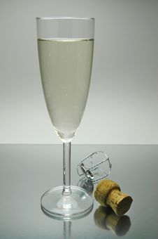 Free Sparkling Wine Stock Image - 5889291