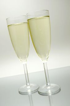 Free Sparkling Wine Royalty Free Stock Images - 5889339