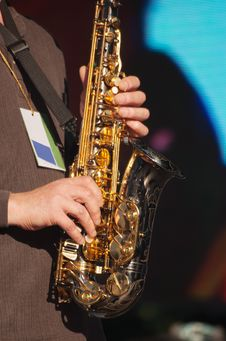 Free Hands Of Saxophonist In Concert Stock Image - 58862431