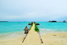 Free Maldives, Welcome To Paradise! Stock Images - 5890174