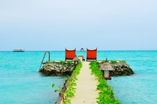 Free Maldives, Welcome To Paradise! Royalty Free Stock Photo - 5890175