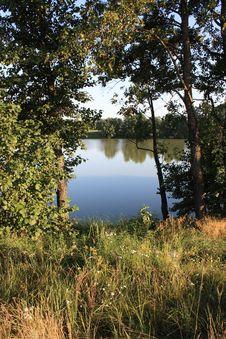 Free Lake Royalty Free Stock Images - 5890549