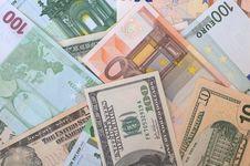 Free Dollars And Euros Royalty Free Stock Photos - 5890738