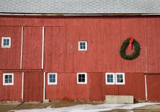Free Red Barn Royalty Free Stock Photos - 5893128