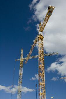 Free Hoisting Crane Royalty Free Stock Images - 5895589