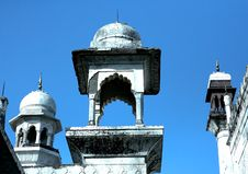 Free Mosque Roof, Gujarati Inddia Royalty Free Stock Photos - 5895708