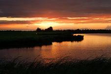 Free Beautiful Sunset At A Lake Royalty Free Stock Photography - 5895897