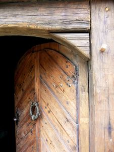Free Old Wooden Door Royalty Free Stock Image - 5895966