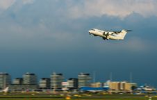 Plane Take Off Royalty Free Stock Photography