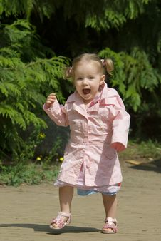 Free Cute One Year Old Girl Royalty Free Stock Image - 5896116