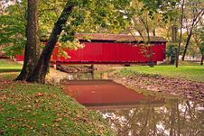 Free Covered Bridge Early Autumn Stock Image - 5896621
