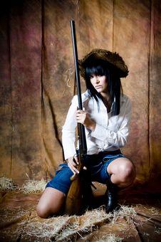 Free Farmer Girl With Shotgun Royalty Free Stock Photography - 5899037